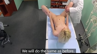 Smalltits cockriding euro banged by doctor