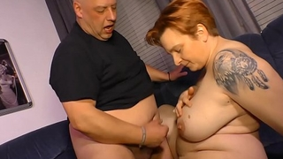 HAUSFRAU FICKEN - Cum in mouth for kinky mature German newbie
